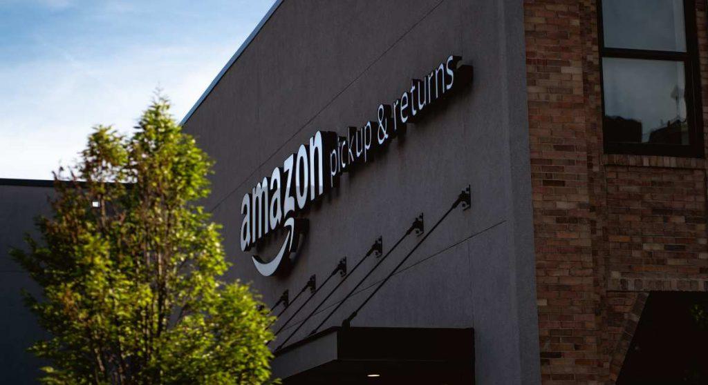 Who Makes Amazon Echo