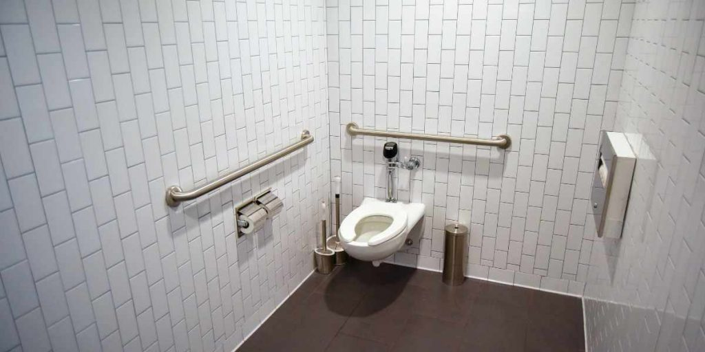 Does CVS Have Bathrooms